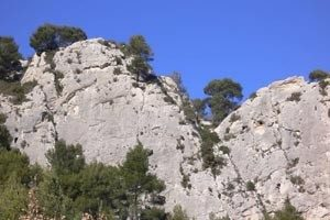 falaise-escalade-meyrargues-01